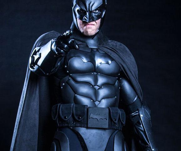 Batman Full Armor Set Interwebs