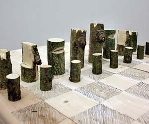Log Chess Set