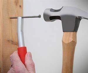 Magnetic Nail Holder