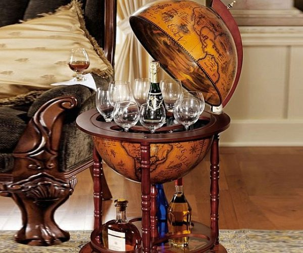 Sixteenth Century Globe Bar