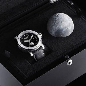 Apollo 11 Bovarro Automatic Watch