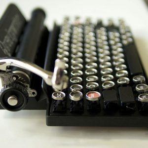 Bluetooth Typewriter Keyboard