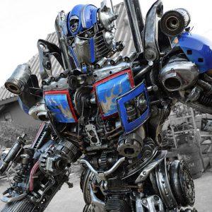 Giant Dieselpunk Transformer
