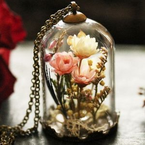 Real Flower Pendant Necklace