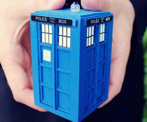 TARDIS Engagement Ring Box