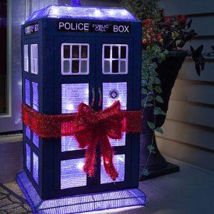 TARDIS Light Up Lawn Decoration