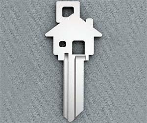 House Shaped House Key