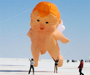 Giant Naked Baby Kite