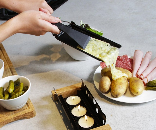 how to eat raclette cheese
