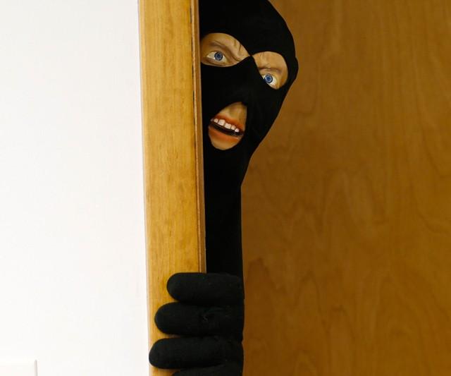 Scary Intruder Prank Door Prop & Scary Intruder Prank Door Prop - INTERWEBS