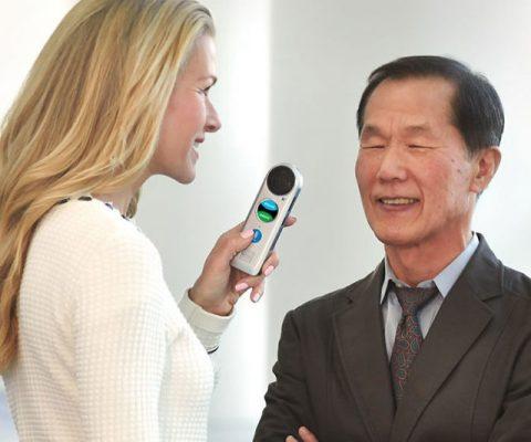 Live Conversation Speaking Translator