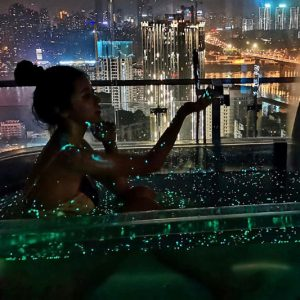 Bioluminescent Bath Bombs