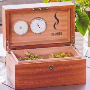 Cannaseur Solid Wood Cannabis Humidor